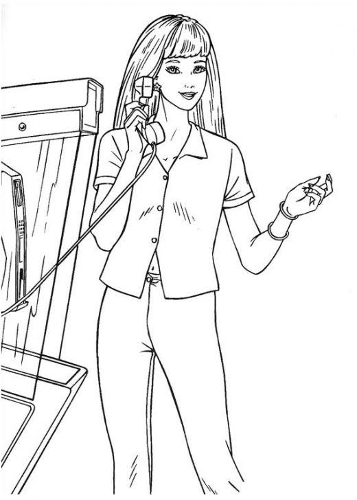 Kolorowanka Barbie rozmawia przez telefon